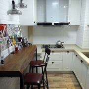 混搭风格厨房桌椅设计