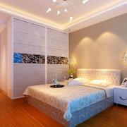 卧室整体衣柜装饰