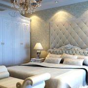 欧式风格卧室软包背景墙