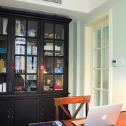 后现代风格书房小型书柜设计