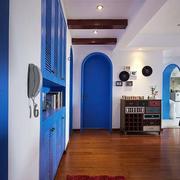 地中海风格三室一厅玄关吊顶