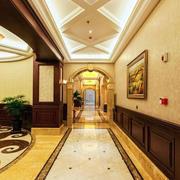 欧式大型别墅走廊吊顶设计