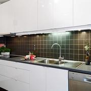 两室一厅简约厨房装修