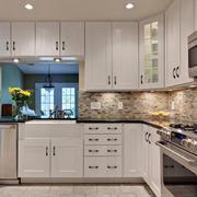 欧式整体厨房装修设计