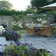 欧式简约风格花园藤椅装修