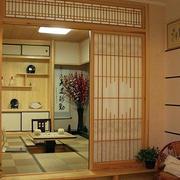 日式简约风格榻榻米房推拉门设计