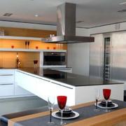 后现代风格开放式厨房装饰