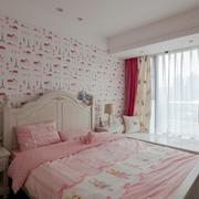 欧式儿童房床头柜装饰