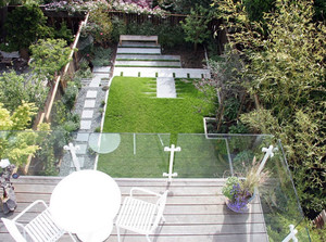 视野开阔:专为高层别墅配备的阳台装修效果图