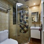 现代简约风格卫生间镜饰设计