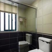 卫生间镜饰隔断装修