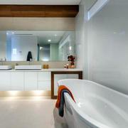 简约风格别墅卫生间浴缸装修