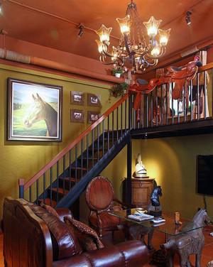 异域风情楼梯装饰