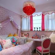 粉色系简约风格儿童房