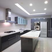 后现代风格厨房吧台装修