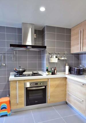 封闭式 厨房装修效果 图