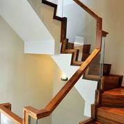 原木系简约楼梯设计