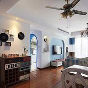 地中海风格三室一厅客厅拱形门装修