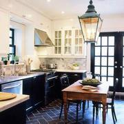 美式厨房创意灯饰装修