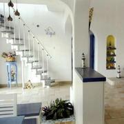 复式楼简约客厅楼梯装饰