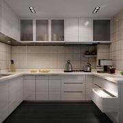 后现代风格U字形厨房装饰