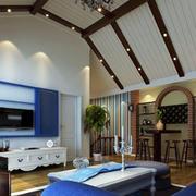 美式阁楼客厅石膏板吊顶