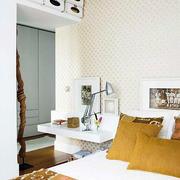 现代简约风格小户型卧室设计