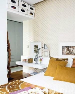 小户型日式简约原木搭配的小卧室装修效果图