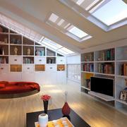 美式风格阁楼电视背景墙