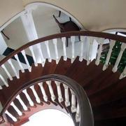 简约复式楼别致楼梯装饰