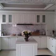 欧式U型厨房装饰