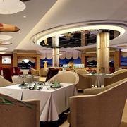 欧式西餐厅简约吊顶设计
