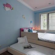简约双层儿童房床装饰