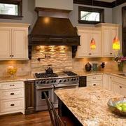 欧式温馨暖色系厨房装修