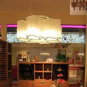 后现代风格客厅水晶灯