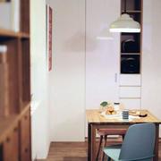后现代风格餐厅桌椅效果图