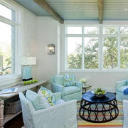 北欧风格清新浅绿色沙发装饰