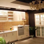 别墅欧式一字型厨房装修