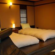 经典日式榻榻米床装饰