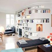 北欧风格客厅整体书柜装修