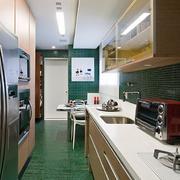 公寓窄型厨房设计