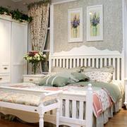 欧式田园风格卧室床头柜装修