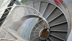视觉的完美体验:家用式旋转楼梯装修效果图