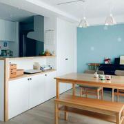 日式公寓原木桌椅设计