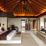 大型东南亚风格卧室木制吊顶设计