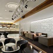 欧式简约风格西餐厅皮制卡座设计