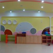 幼儿园简约背景墙装修