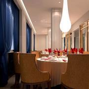 西餐厅创意灯饰装饰