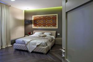 简约风格卧室床头设计
