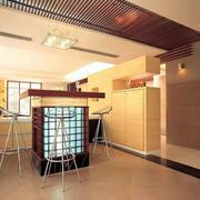 大型公寓吧台装饰
